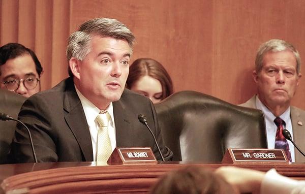 美國參議員Cory Gardner表示,希望儘快通過《台北法案》。圖為Cory Gardner18日在參議院的一場聽證會上發言。(李辰/大紀元)