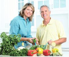 50歲後體力下降? 三餐這樣吃 補充2種關鍵營養