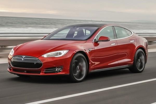 圖為2015年款Tesla Model S。(Tesla)