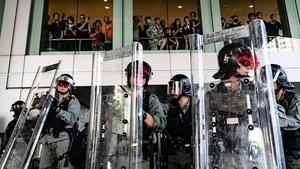 香港高級警官:警隊已到極限 無人越界是假