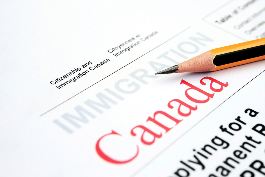 十七萬元買工作 加國華人中介非法助陸客移民