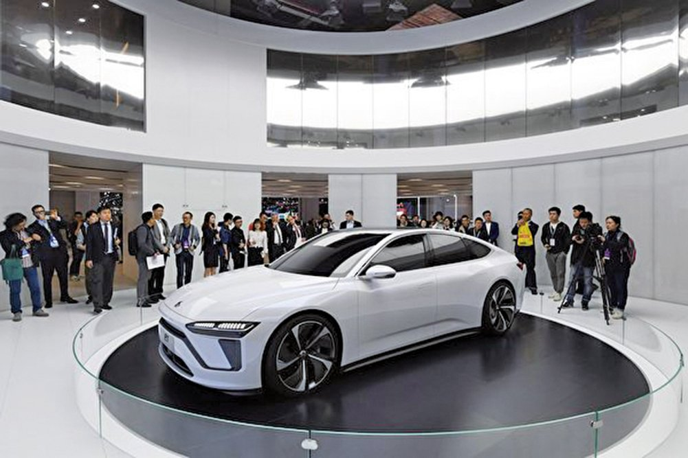 圖為2019年4月16日在上海車展開幕上的蔚來ET7(未上市)汽車。(Getty Images)
