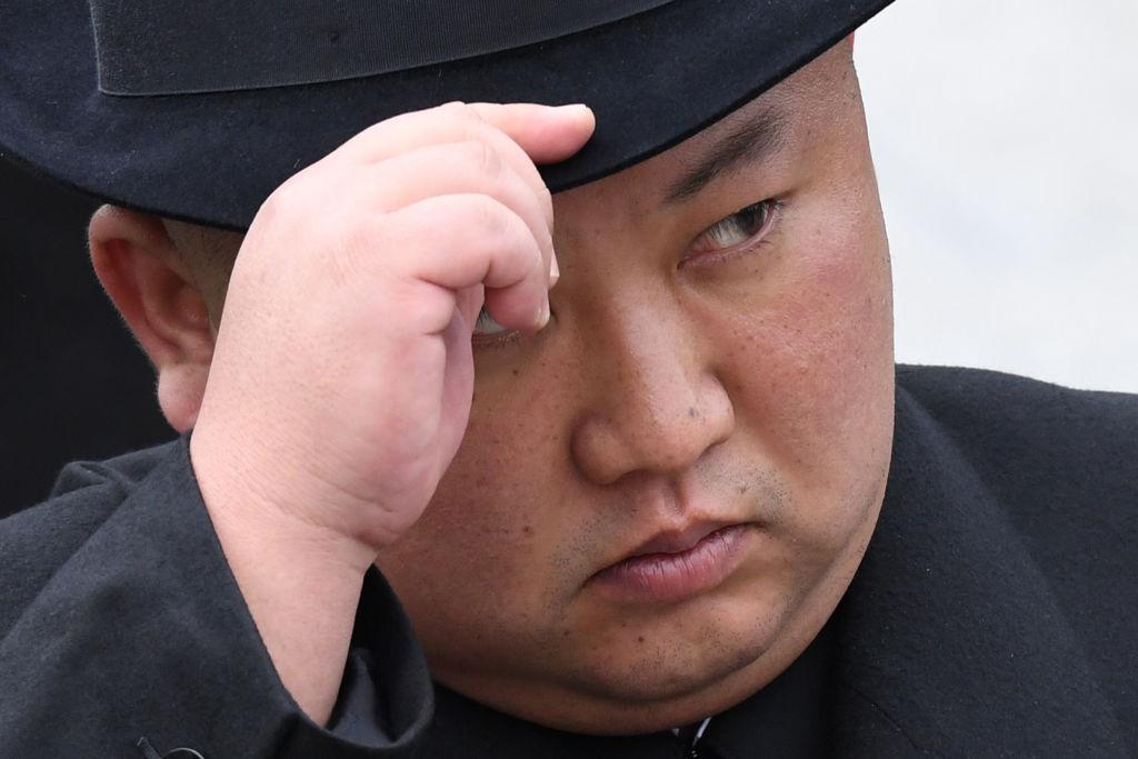 近日,朝中邊境安保工作升級,朝鮮領導人金正恩即將訪華的傳聞再度發酵。韓媒引述消息指,金正恩可能獲邀參觀中共十一大閱兵儀式。也有消息推測,金正恩可能在朝中建交70週年紀念日(10月6日)前後再度訪華。(KIRILL KUDRYAVTSEV/AFP/Getty Images)