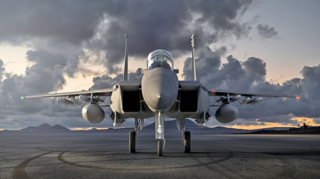 波音公布F-15EX戰機飛行畫面