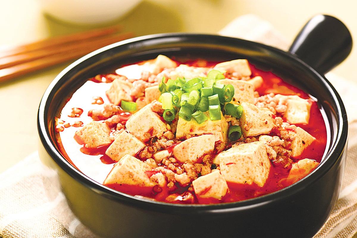 紅燒豆腐和麻婆豆腐又再次回到我的家庭餐桌。