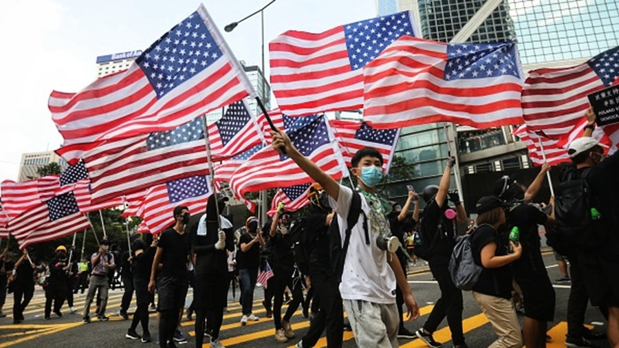 美國「子彈上膛」 香港法案重創中共3大利益