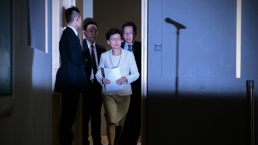 港媒:林鄭撤回送中條例獲習近平批准