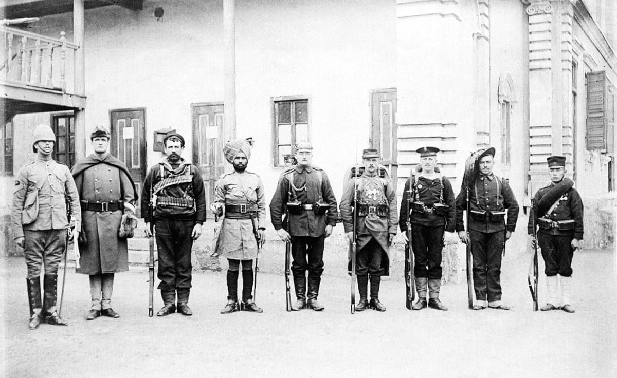八國聯軍入侵事件後,清朝廷開始實行「新政」,公元1901年,宣佈廢除武科科舉考試。圖為1900年的八國聯軍士兵。(維基百科 / 公有領域)