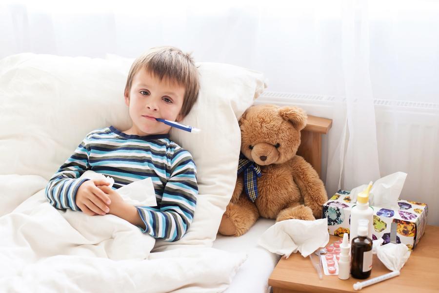 孩童發燒、久咳不癒勿輕忽 醫:小心感染霉漿菌 恐引發肺積水