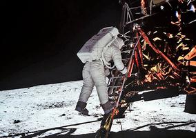 人類登月第一餐吃了甚麼?