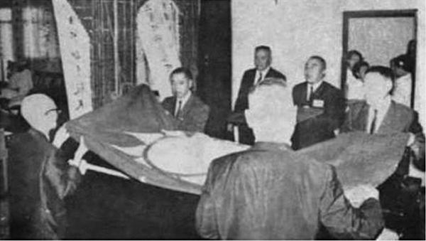 盛世才於1970年7月13日病逝於台北,終年78歲。病逝時,受到國民黨覆蓋黨旗。(網絡圖片)