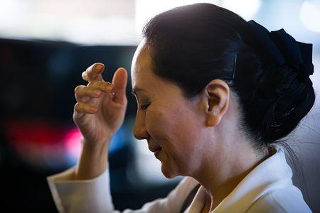 華為首席財務官孟晚舟(Meng Wanzhou),已被保釋,她在去年應美國當局的要求被加拿大拘留後,仍被部份軟禁。圖為,孟晚舟於2019年9月30日星期一去溫哥華接受最高法院聆訊。(加通社)