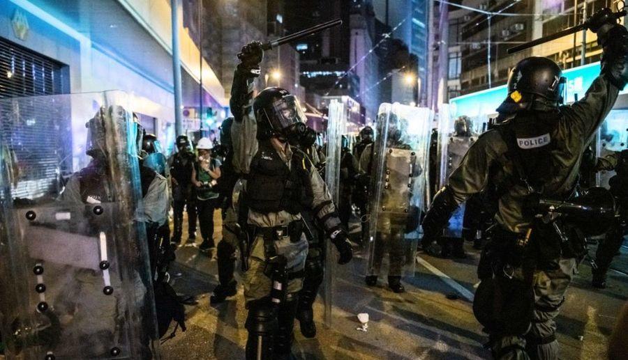 建制派推《禁蒙面法》 民陣:最應禁蒙面的是警隊