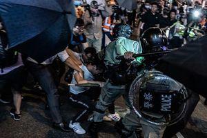 組圖:10.3太古城抗爭 港警發射催淚彈