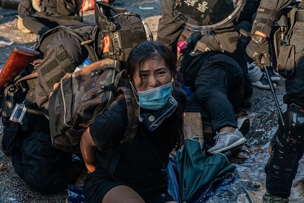 10月1日,數萬港警傾巢出動大抓捕。(Anthony Kwan/Getty Images)