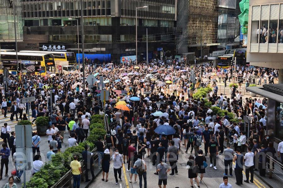 法官稱有必要透過禁止蒙面規例控制非法集會