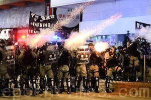 組圖:市民抗議《禁蒙面法》 警發射多枚催淚彈