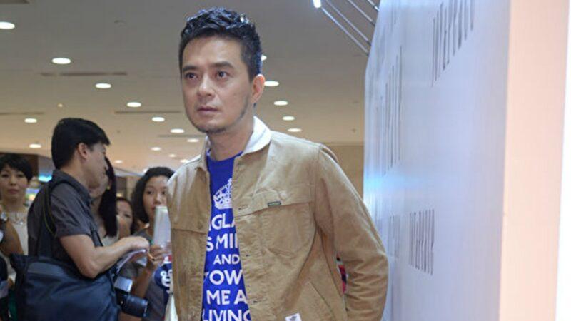 香港歌手黃耀明在臉書上痛斥林鄭,「無能的人怎可管治香港」,歷史會記住你這個千古罪人所做的一切。(張旭顏/大紀元)