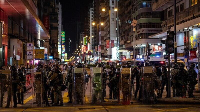 台灣學者稱,香港已是準戰爭狀態,台灣政府應幫助港人治台灣成立流亡政府。(Laurel Chor/Getty Images)