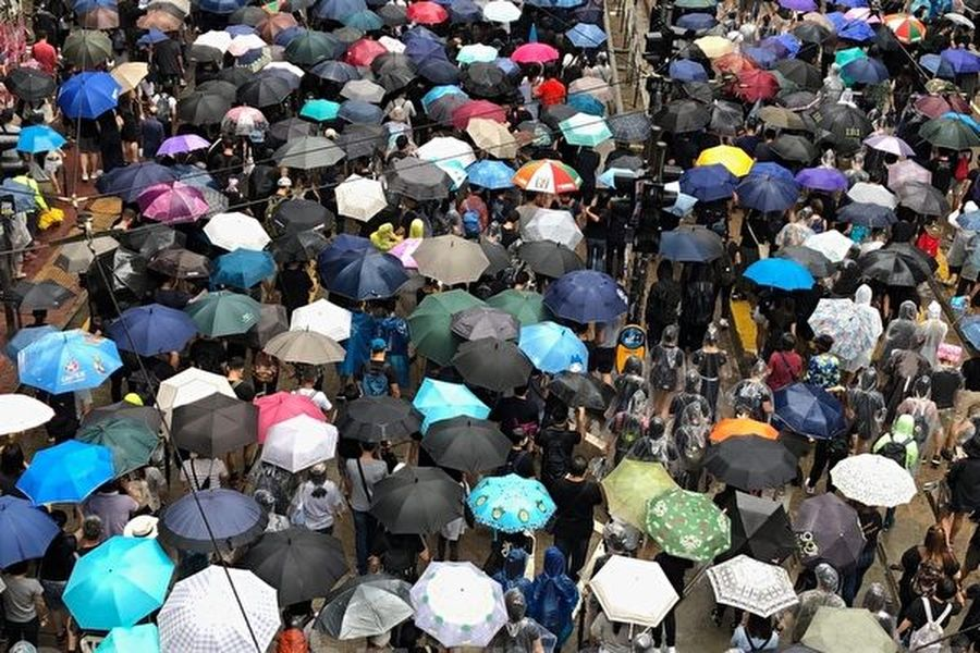 10月6日,反對《緊急法》百萬大遊行。遊行至銅鑼灣。(余天祐/大紀元)