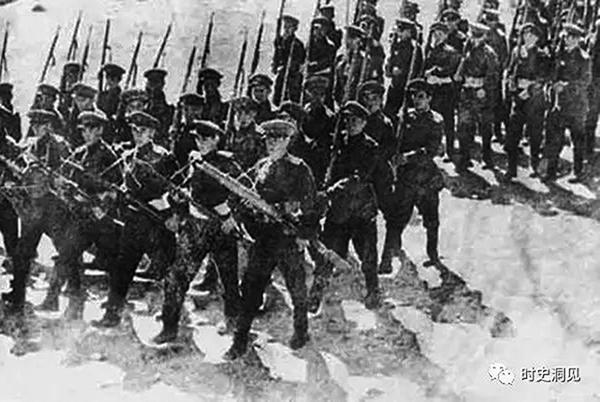 三區叛亂和日軍侵華協調進行