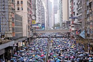 反禁蒙面法市民持續上街