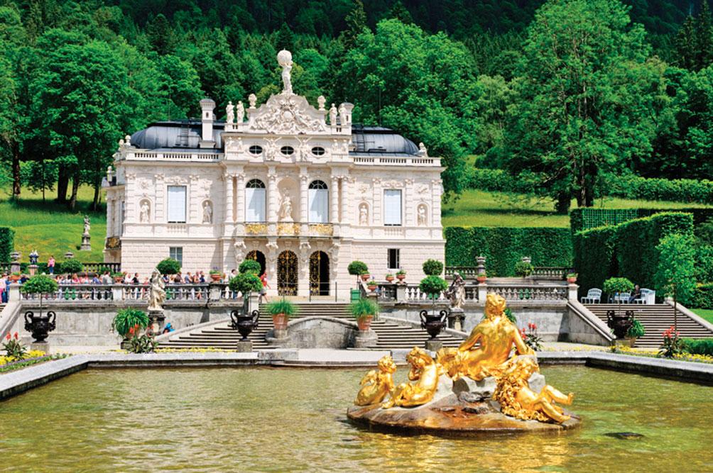 林德霍夫宮  Linderhof Palace。