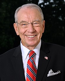 參議院財政委員會主席查克·格拉斯利正推動對拜登兒子收購美國瀚德公司一案的調查。( Wikipedia)