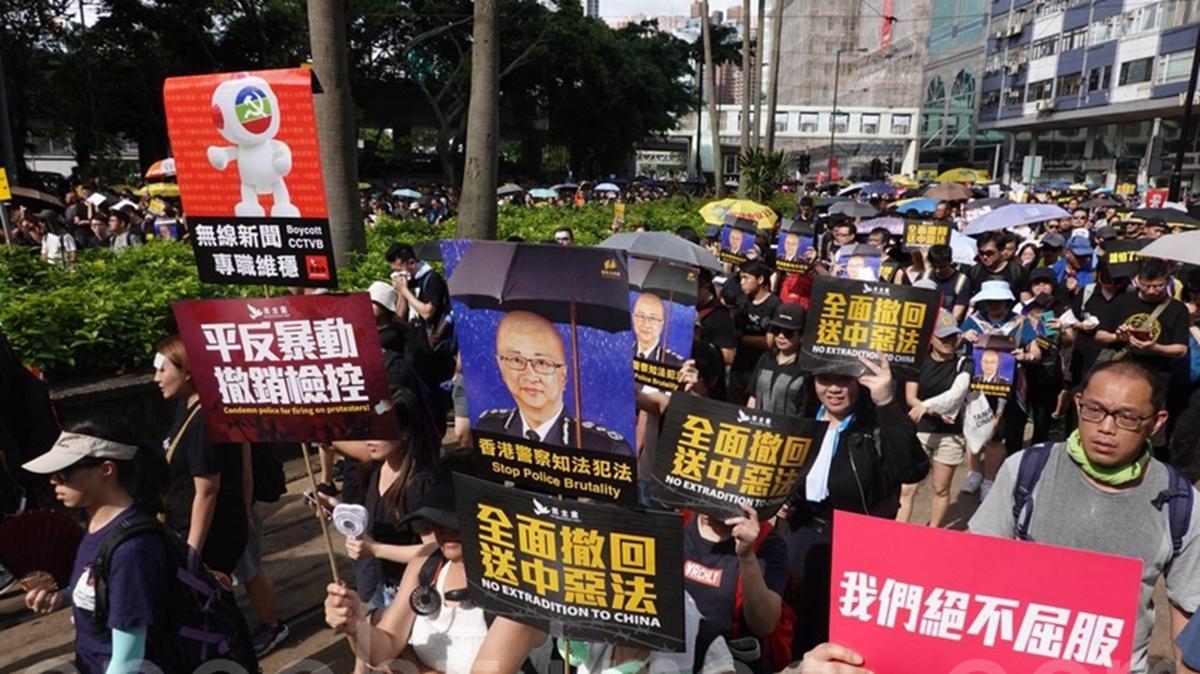 香港民間發起8月5日起「全港三罷」(罷工、罷課、罷市)等癱瘓社會運作的行動,爭取政府回應反對修訂《逃犯條例》的5大訴求。(余鋼/大紀元)