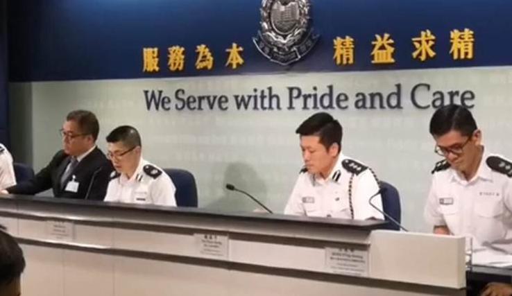 事實評論人士盛傑表示,港府和港警民意全失,每天下午4時港警的記者會成了一種謊言的升級表演。(視頻截圖)