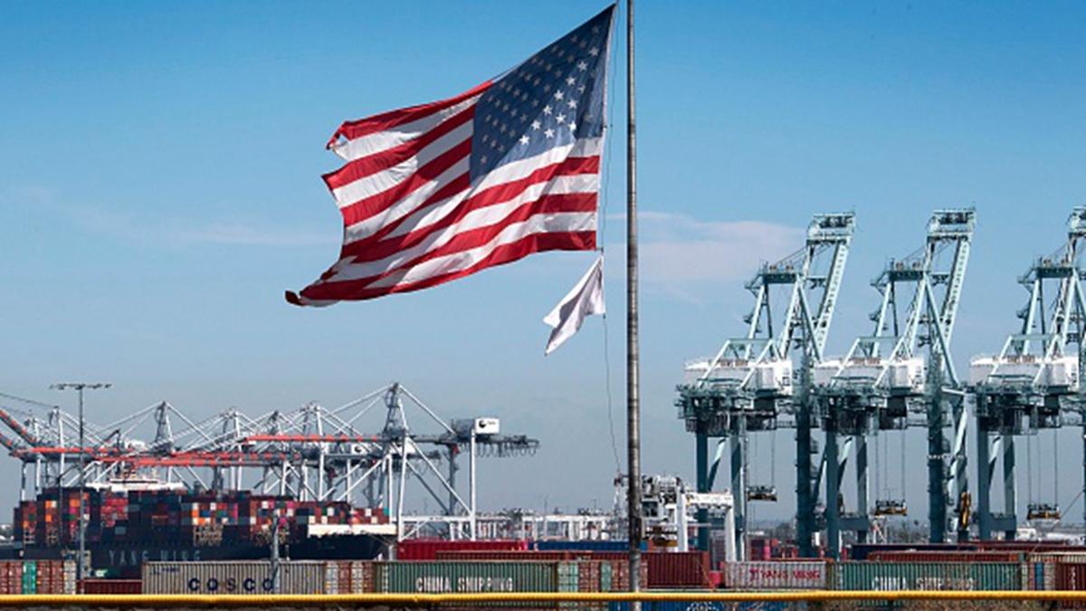 中美貿易戰影響持續加深,大陸外貿今年9月的數據全面下跌,其中中美貿易降溫最為明顯。(MARK RALSTON/AFP/Getty Images)