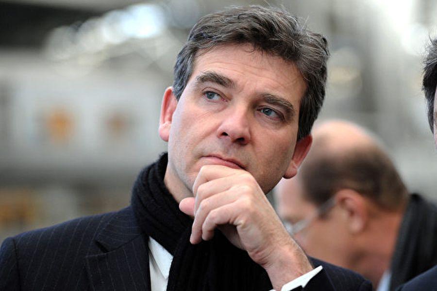法國前經濟部長阿爾諾・蒙特布爾(Arnaud Montebourg)要求法國政府禁止進口中國蜂蜜,以此來對應中共的「貿易保護主義」。(REMY GABALDA/AFP/Getty Images)