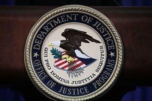 兩華人被控股票欺詐 欲逃回國在美機場被抓