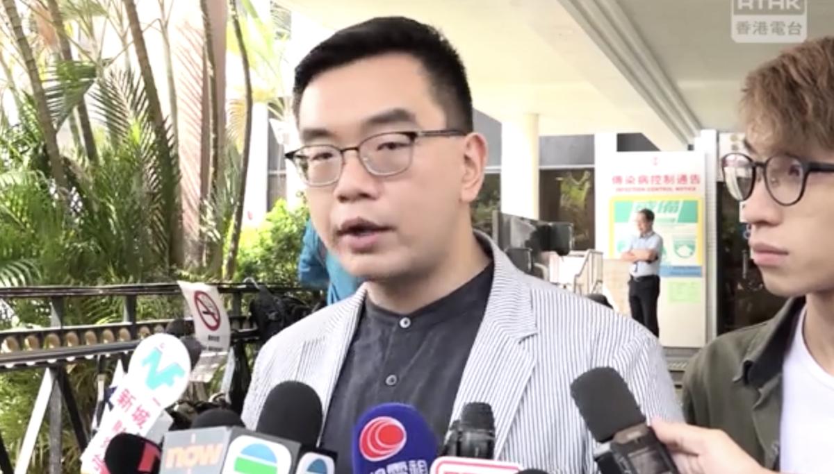 17日民陣副召集人黎恩灝到醫院探望岑子杰轉述岑的話說,岑子杰呼籲不要「私了」,強調問題來自制度的暴力。(視頻截圖)