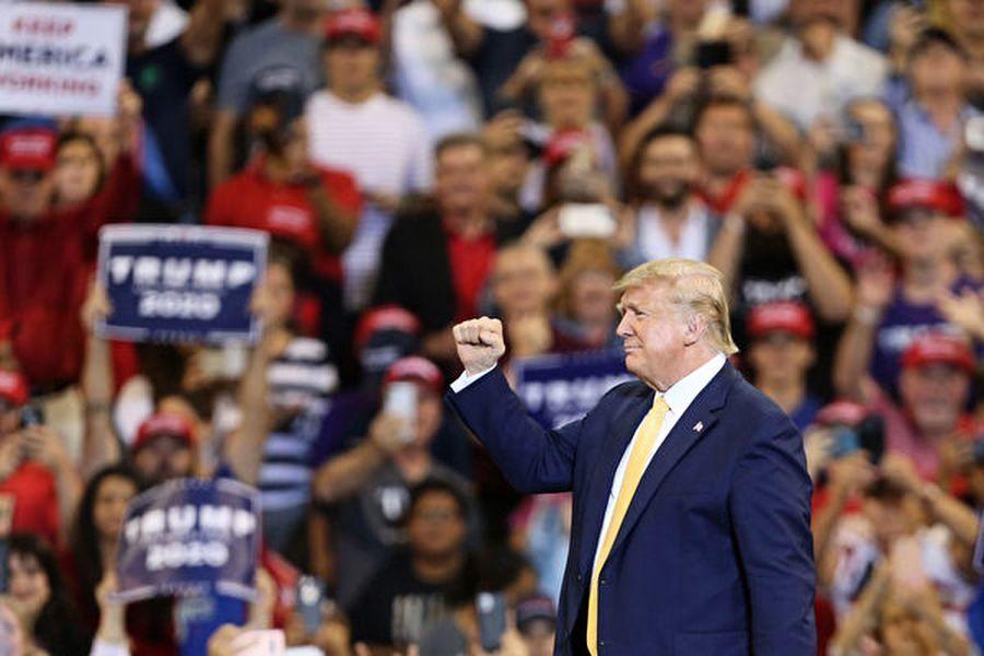穆迪選情預測:2020特朗普將輕鬆贏連任