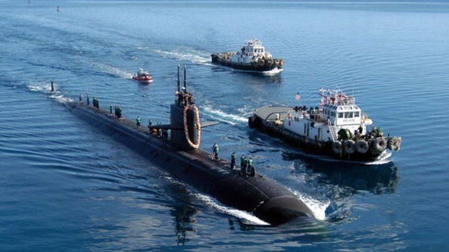 近期,一艘中共戰略導彈核潛艇在南中國海貼近越南漁船現身,讓越南漁民驚恐不已。示意圖。(Mark A. Leonesio/U.S. Navy via Getty Images)