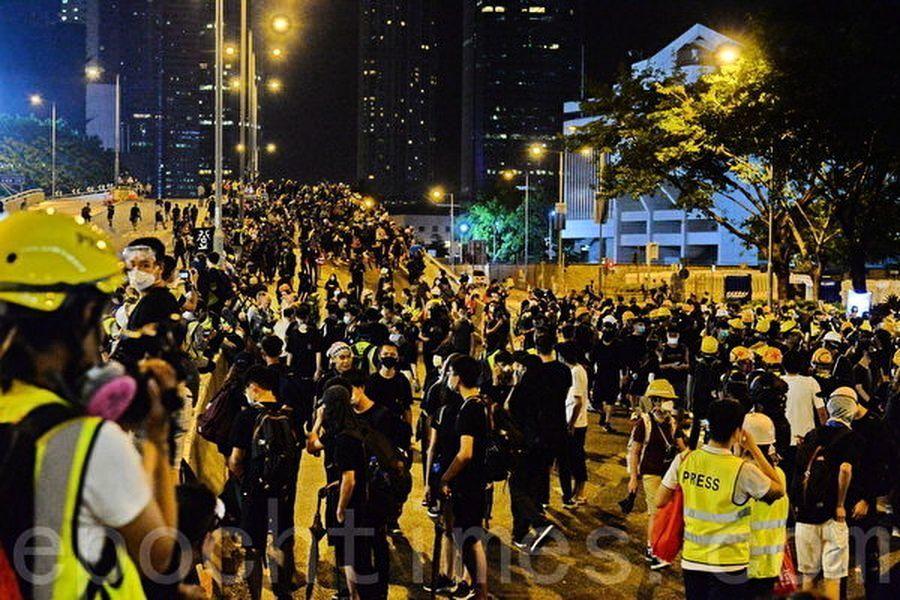中共禁運黑衣至香港 被諷弱智和心虛