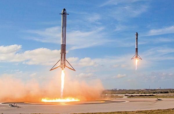SpaceX再創歷史獵鷹重型三箭全回收