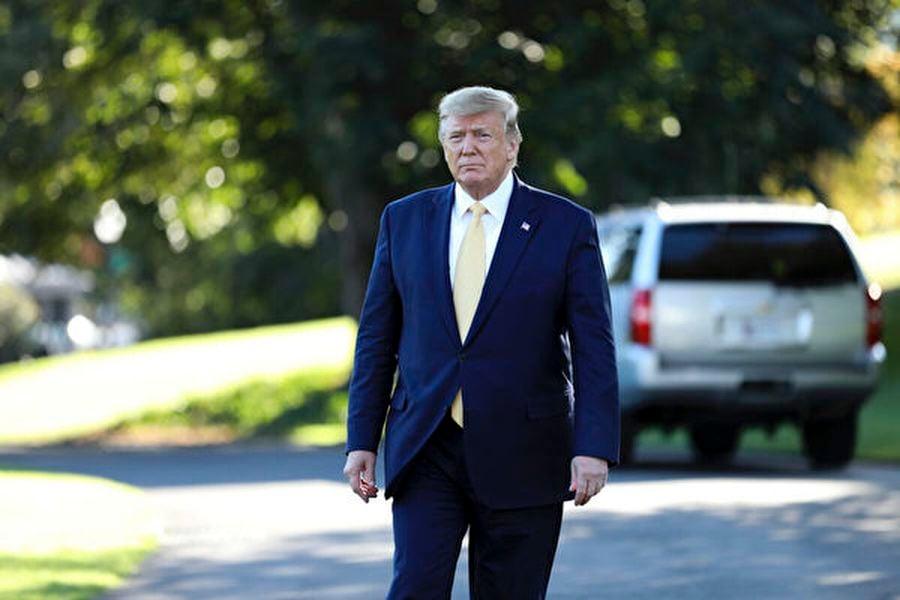 圖為2019年10月11日,特朗普總統在離開白宮前準備接受媒體採訪。(Charlotte Cuthbertson/The Epoch Times)