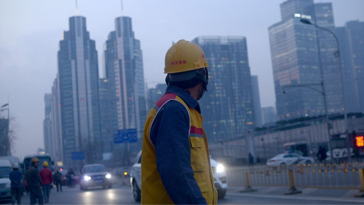 中國經濟下行加劇,大陸股市爆發甩賣資產潮。(WANG ZHAO/AFP/Getty Images)
