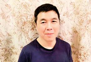 謝國忠寫軟硬著陸:經濟洞見 忽略政治