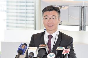 彭博:第四季樓價續跌 本港全年經濟增長0.1%
