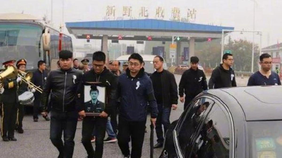 中共官方證實,共軍某部飛行員龔大川10月11日在執行訓練任務時墜機身亡。(網絡圖片)