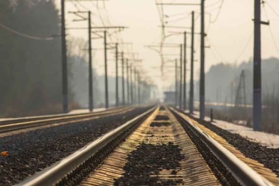 一個人,一個國家,必須走在正確的道路上,才能走向希望和光明。圖為資料圖。(fotolia)
