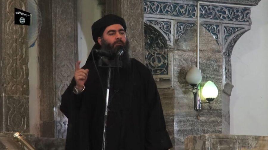 傳美軍10月26日在敘利亞西北部地區發動突襲行動,擊斃伊斯蘭國(IS)首領巴格達迪。圖為2014年7月5日,巴格達迪檔案照片中。(AFP/Getty Images)