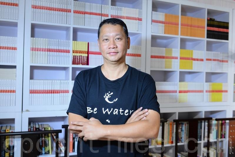 時事專家、前中央政策組全職顧問劉細良說中共正在用新疆反恐鎮壓模式摧毀香港。(宋碧龍/大紀元)
