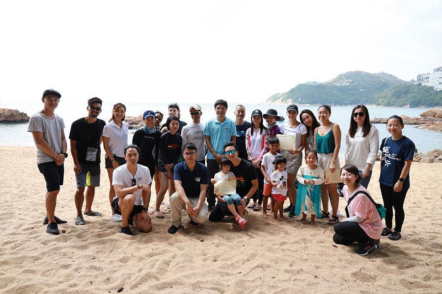 10月26日南區海洋清潔活動由多個組織一起參與。(陳仲明/大紀元)