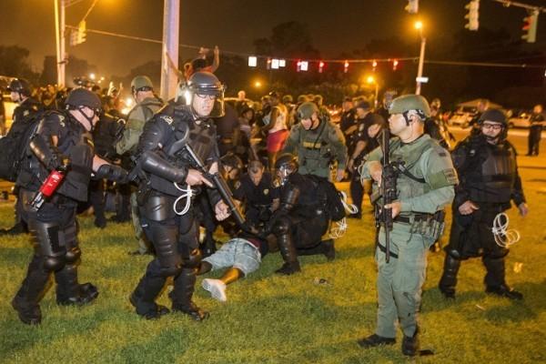 抗議警槍殺黑人 全美示威延燒 數百人被捕