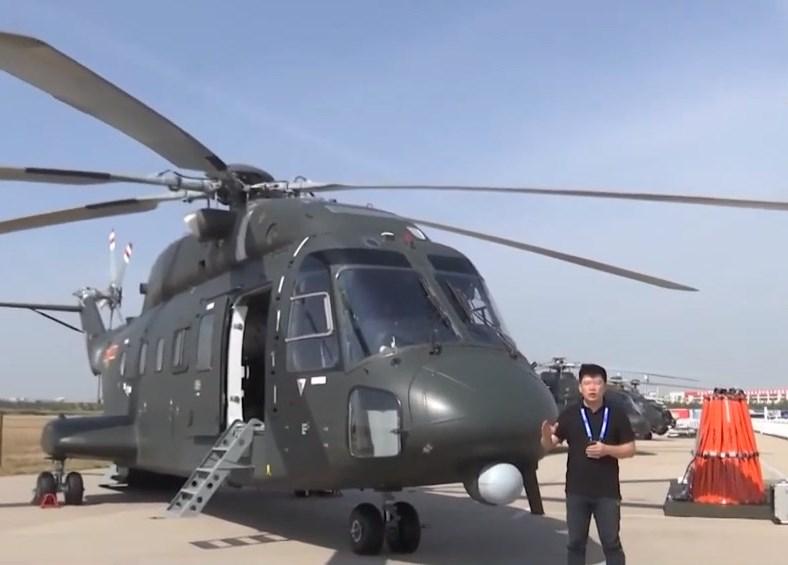 消息指,一架「直-8G」軍用運輸直升機10月中旬在演習「突擊香港」時在湖南墜毀。圖為「直-8G」直升機。(影片截圖)