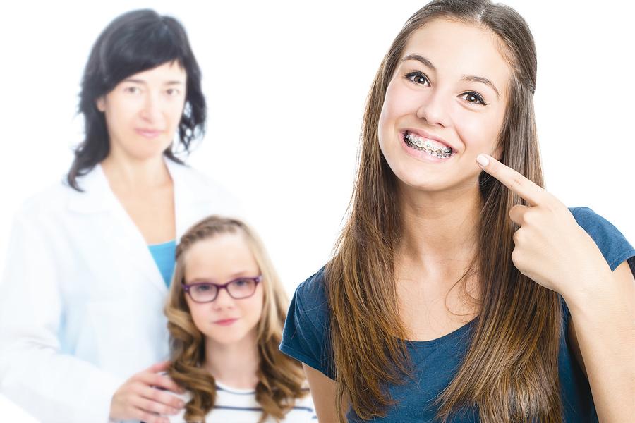 牙齒矯正前 要想清楚這四件事
